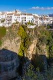 Κρεμώντας σπίτια στη Ronda, Μάλαγα, Ισπανία Στοκ φωτογραφίες με δικαίωμα ελεύθερης χρήσης