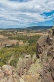 Κρεμώντας το βράχο, τοποθετήστε τις σειρές Macedon στοκ φωτογραφία με δικαίωμα ελεύθερης χρήσης
