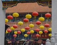 Κρεμώντας φανάρια στον κινεζικό ναό Στοκ εικόνα με δικαίωμα ελεύθερης χρήσης