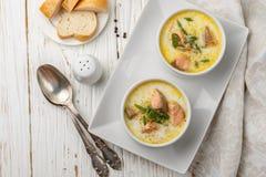 Κρεμώδης σούπα ψαριών με το σολομό στοκ φωτογραφία