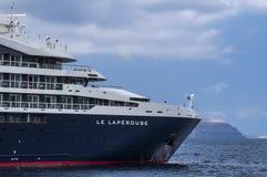 Κρουαζιερόπλοιο LE Laperouse παράκτια σε Ponant, Ελλάδα στοκ φωτογραφία