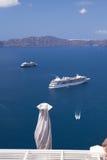 Κρουαζιερόπλοια, Santorini Isand Στοκ εικόνα με δικαίωμα ελεύθερης χρήσης