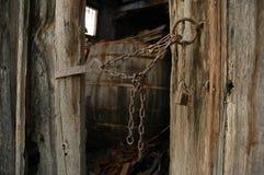 κρυμμένη βαρέλι ελιά ξύλινη Στοκ φωτογραφία με δικαίωμα ελεύθερης χρήσης