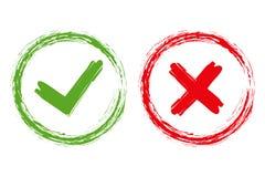 Κρότωνας και σημάδια του σταυρού βουρτσών Πράσινα checkmark ΕΝΤΑΞΕΙ και κόκκινα Χ εικονίδια, που απομονώνονται στο άσπρο υπόβαθρο ελεύθερη απεικόνιση δικαιώματος