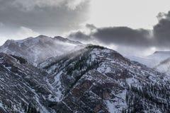Κρύα ημέρα στα βουνά στοκ εικόνες
