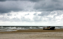 κρύα θάλασσα ημέρας Στοκ φωτογραφία με δικαίωμα ελεύθερης χρήσης