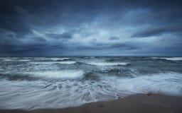 κρύα θάλασσα φθινοπώρου Στοκ Εικόνες