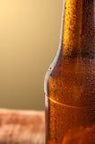 Κρύο μπουκάλι μπύρας Φρέσκια έννοια μπουκαλιών μπύρας Στοκ Εικόνες
