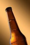 Κρύο μπουκάλι μπύρας Φρέσκια έννοια μπουκαλιών μπύρας Στοκ εικόνα με δικαίωμα ελεύθερης χρήσης