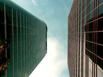 Κτήρια και ουρανοξύστες ayala, πόλη makati, Φιλιππίνες Στοκ φωτογραφία με δικαίωμα ελεύθερης χρήσης