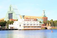 Κτήρια ξενοδοχείων προκυμαιών στην κεντρική Φλώριδα στοκ φωτογραφία