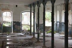 κτήρια που καταστρέφοντα& Στοκ Εικόνες