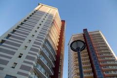 Κτήρια που ονομάζονται τους πύργους φάρων ` TorrI Faro ` στην εμπορική και επιχειρησιακή πλευρά της Γένοβας, Ιταλία Στοκ Εικόνα