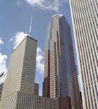 κτήρια Σικάγο στο κέντρο τ& Στοκ φωτογραφία με δικαίωμα ελεύθερης χρήσης