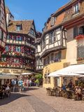 Κτήρια στην καρδιά της μεσαιωνικής Colmar στοκ εικόνα