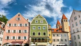 Κτήρια στην παλαιά πόλη του Ρέγκενσμπουργκ, Γερμανία στοκ εικόνα