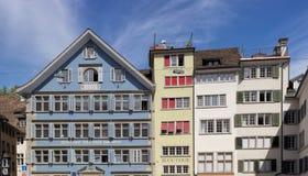 Κτήρια στην παλαιά πόλη της Ζυρίχης Στοκ φωτογραφία με δικαίωμα ελεύθερης χρήσης