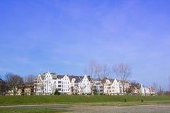 Κτήρια στον περίπατο του Ρήνου του Ντίσελντορφ Στοκ φωτογραφία με δικαίωμα ελεύθερης χρήσης