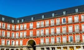 Κτήρια στο δήμαρχο Plaza της Μαδρίτης, Ισπανία Στοκ Εικόνες