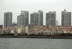 Κτήρια στο seabank Στοκ φωτογραφία με δικαίωμα ελεύθερης χρήσης