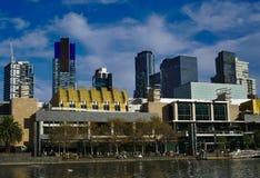 Κτήρια της Μελβούρνης κοντά στον ποταμό Yarra στοκ εικόνες