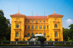 Κτήριο, γραφείο Προέδρου του Βιετνάμ, κεντρικό εκτάριο Noi, από τη γαλλική οικοδόμηση αρχιτεκτόνων Στοκ εικόνες με δικαίωμα ελεύθερης χρήσης