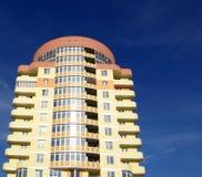 κτήριο διαμερισμάτων σύγχρονο Στοκ φωτογραφία με δικαίωμα ελεύθερης χρήσης