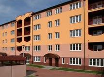 κτήριο διαμερισμάτων Στοκ εικόνες με δικαίωμα ελεύθερης χρήσης
