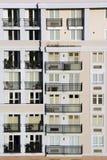 κτήριο διαμερισμάτων Στοκ Φωτογραφίες