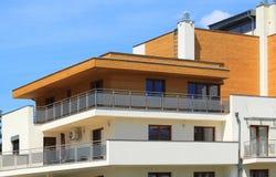 Κτήριο διαμερισμάτων Στοκ Φωτογραφία