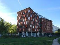 κτήριο διαμερισμάτων σύγχ&rh στοκ εικόνες με δικαίωμα ελεύθερης χρήσης