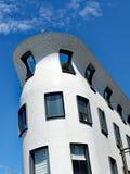 κτήριο διαμερισμάτων σύγχ&rh Στοκ φωτογραφίες με δικαίωμα ελεύθερης χρήσης