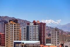Κτήριο και εικονική παράσταση πόλης στο Λα Παζ στη Βολιβία στοκ εικόνες