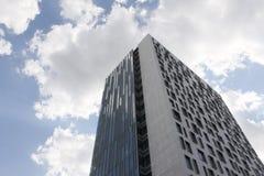 Κτήριο και ουρανός Στοκ φωτογραφία με δικαίωμα ελεύθερης χρήσης