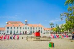 Κτήριο μουσείων ιστορίας της ΤΖΑΚΑΡΤΑ, ΙΝΔΟΝΗΣΙΑ - της Τζακάρτα όπως βλέπει από πέρα από το plaza μια όμορφη ηλιόλουστη ημέρα Στοκ Εικόνες
