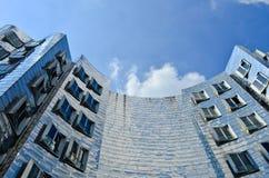 Κτήριο οριζόντων Στοκ φωτογραφία με δικαίωμα ελεύθερης χρήσης