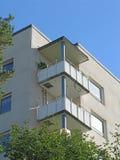 Κτήριο πολυόροφων κτιρίων δεκαετίας του '50 Στοκ Εικόνα
