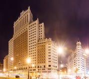Κτήριο της Ισπανίας άποψης νύχτας στην πλατεία της Ισπανίας στη Μαδρίτη Στοκ Φωτογραφίες