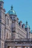 Κτήριο του Κοινοβουλίου σε στο κέντρο της πόλης Βικτώρια, Βρετανική Κολομβία Στοκ εικόνα με δικαίωμα ελεύθερης χρήσης
