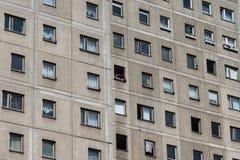 Κτήριο Plattenbau - πρόσοψη οικοδόμησης της ΟΔΓ Στοκ εικόνες με δικαίωμα ελεύθερης χρήσης