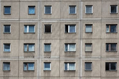 Κτήριο Plattenbau - πρόσοψη οικοδόμησης της ΟΔΓ Στοκ φωτογραφία με δικαίωμα ελεύθερης χρήσης
