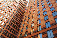 Κτίρια γραφείων και αντανακλάσεις Στοκ φωτογραφίες με δικαίωμα ελεύθερης χρήσης