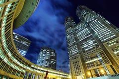 Κτίριο γραφείων πολυόροφων κτιρίων στοκ φωτογραφίες με δικαίωμα ελεύθερης χρήσης