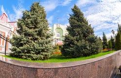 Κτίριο γραφείων της διοίκησης πόλεων της Samara στην ηλιόλουστη ημέρα Στοκ φωτογραφίες με δικαίωμα ελεύθερης χρήσης