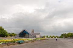 Κτύπος, Mayo, Ιρλανδία Η εθνική τισσα Παρθένου Μαρίας λάρνακα της Ιρλανδίας ` s στο κοβάλτιο Mayo, που επισκέπτεται από πάνω από  στοκ εικόνα