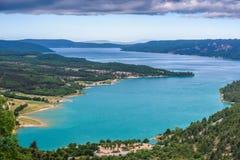 Κυανή λίμνη Sainte Croix Στοκ Εικόνες