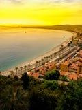 Κυανή ακτή στη Νίκαια, Γαλλία στο ηλιοβασίλεμα Στοκ φωτογραφία με δικαίωμα ελεύθερης χρήσης