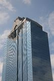 κυανός μπλε ουρανοξύστη&s Στοκ εικόνα με δικαίωμα ελεύθερης χρήσης