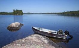 κυανός παράδεισος βουνών λιμνών αλιείας φθινοπώρου Στοκ φωτογραφία με δικαίωμα ελεύθερης χρήσης