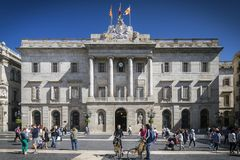 Κυβερνητικό κτήριο Δημαρχείων στην τετραγωνική Βαρκελώνη sant SPA του Jaume Στοκ Εικόνες